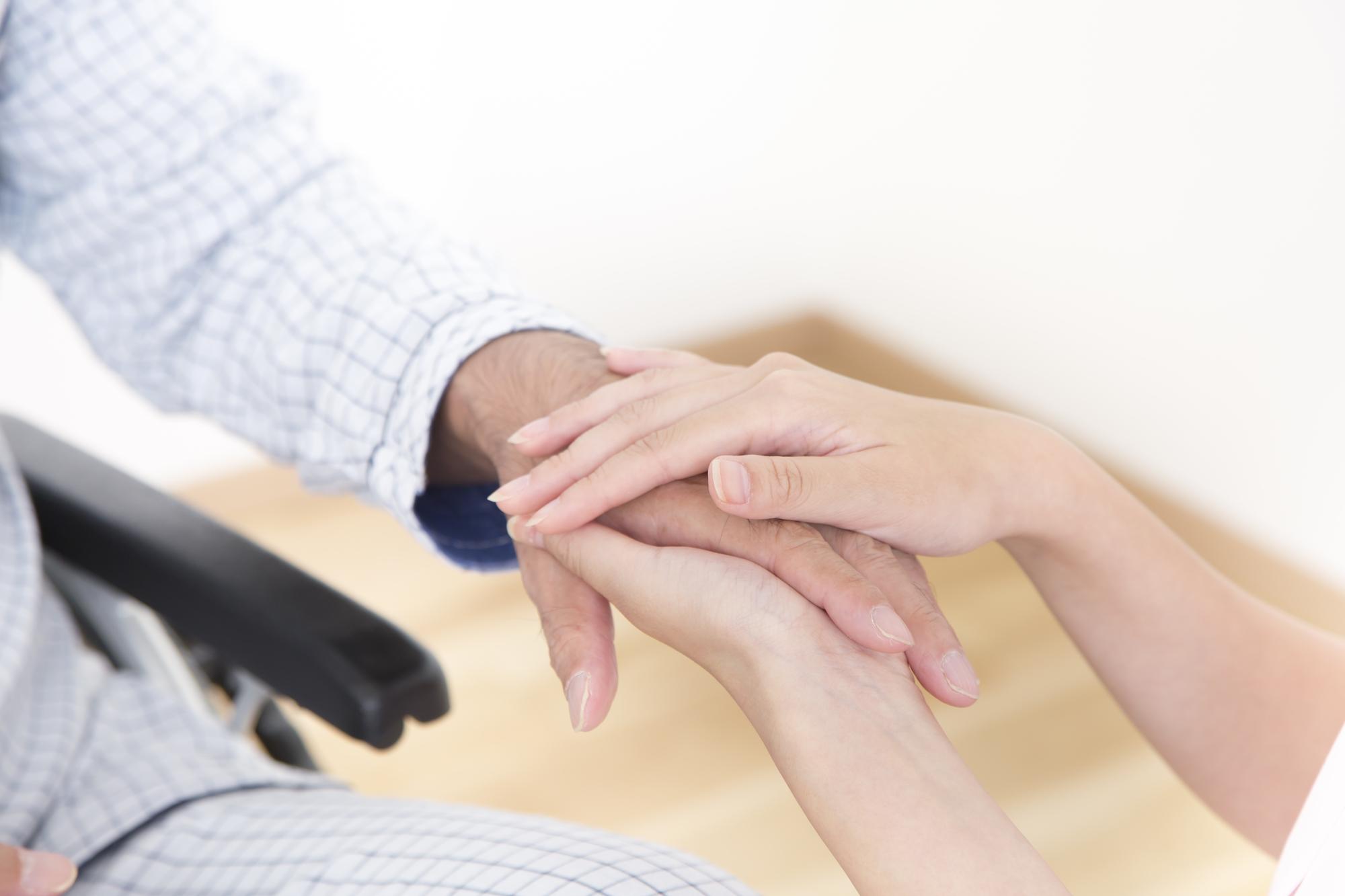 親が亡くなった。介護をしていた私は兄弟に寄与分を主張できる?